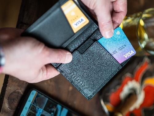 Parfüm vásárlás bankkártyás fizetéssel